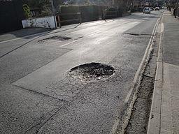 256px-Newport_Whitepit_Lane_pot_holes_2